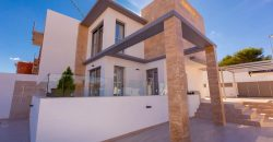 BPNB1901: Huge 3 bedroom luxury villa with large private pool & underbuild
