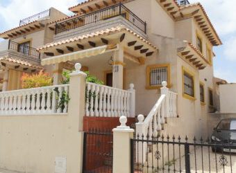 BP1938 3 bed Quad home in La Zenia