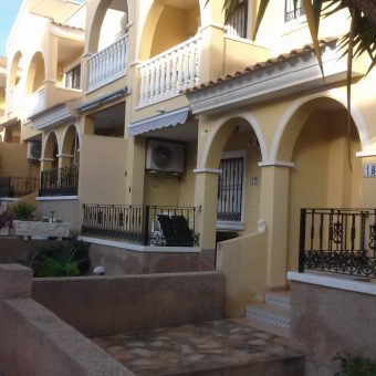 BP1955 Attractive 2 Bed Townhouse in lovely small Complex