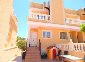 BP1966 2 Bed Townhouse in Villamartin area
