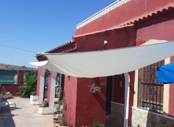 BP1974 3 Bed Detached Villa located in Los Desamparados